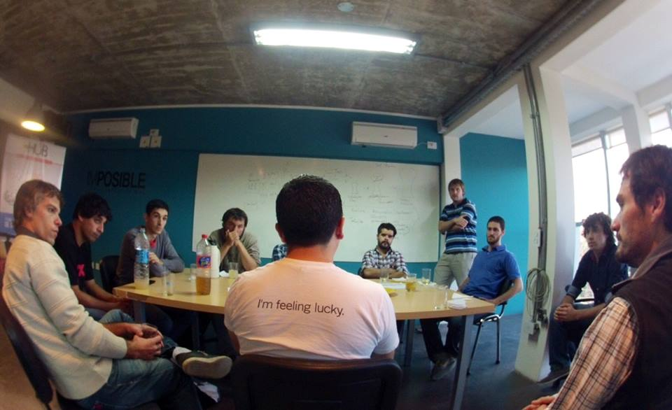 A team meeting at LPHub.