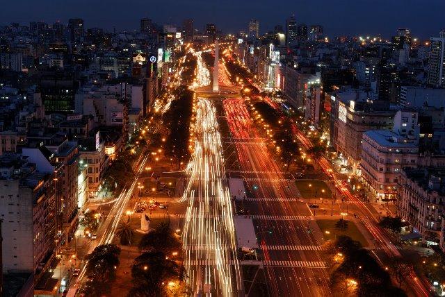 Buenos Aires 9 de julio nocturno
