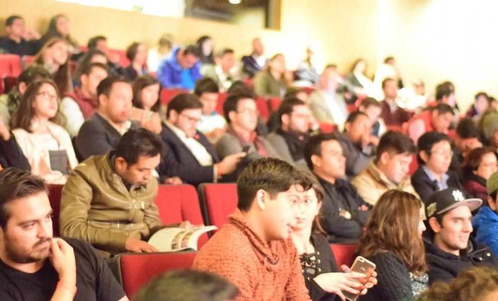 Público Startup Grind Latam